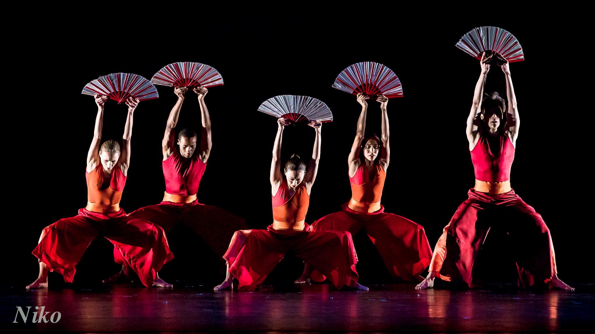 Nai Ni Chen Dance Company S Lunar New Year Celebration At